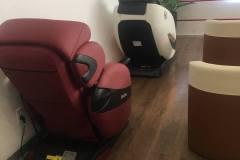khach-mua-ghe-massage-drcare-912-4