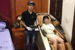 khach-mua-ghe-massage-drcare-919X-43